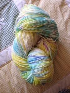 This is how the yarn looks in the skein
